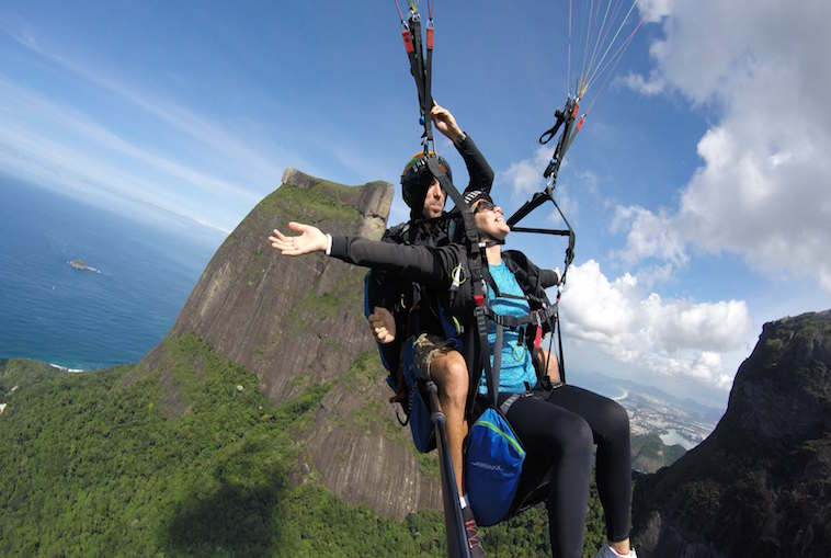 Hang Gliding and Paragliding Rio Tour